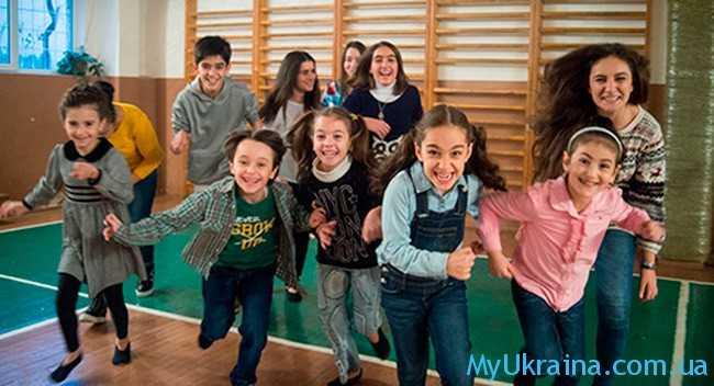 весенние каникулы 2017 в школе Украины