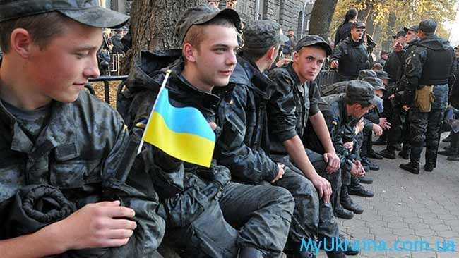 повышение зарплаты срочникам в Украине 2017