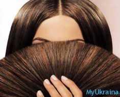 подстриженные кончики волос