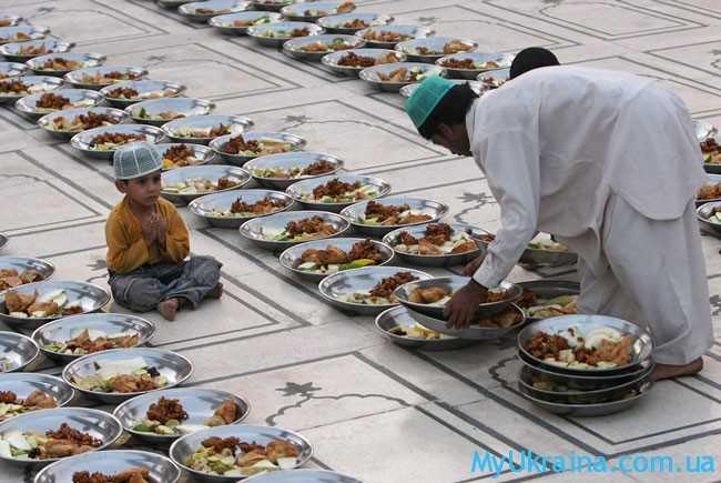 стол на Рамадан