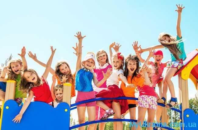 когда начнутся школьные летние каникулы 2018 года?