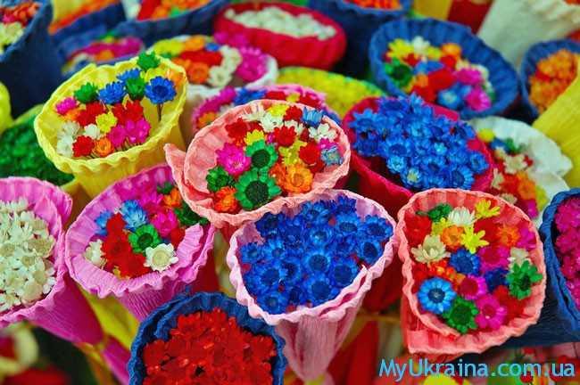 яркие и насыщенные цвета