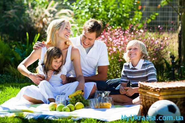 на отдыхе семьей