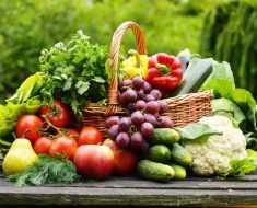 кто сажает на огороде или даче овощи