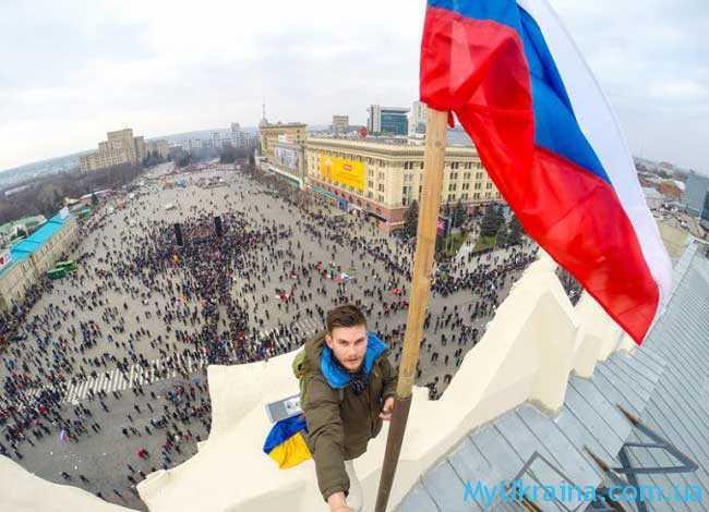в развитии будет помогать Россия
