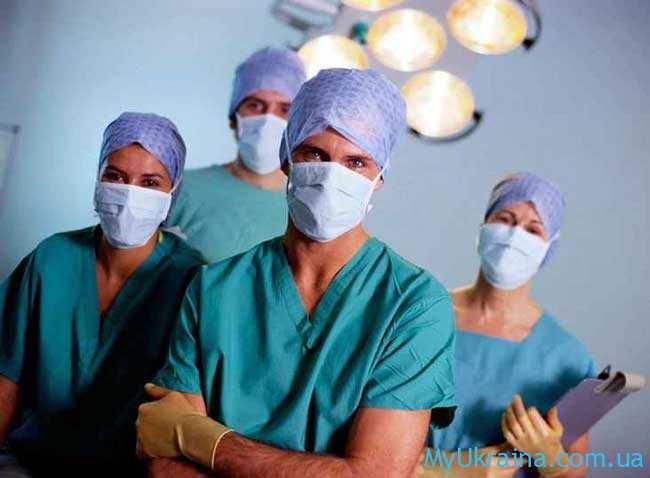 Повышение зарплаты медикам в Украине